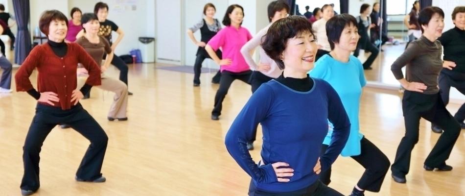 フレッシュミセス体操(女性の体操教室)