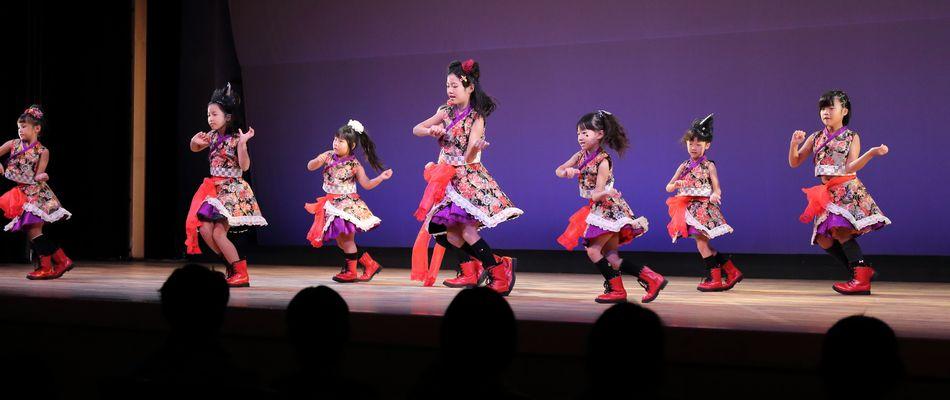 ファンキーアイドルダンス、キッズアイドルダンス(子供のダンス教室)