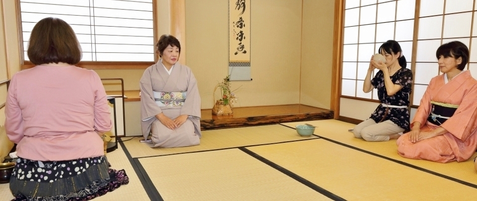 茶道(裏千家)教室(東田先生)