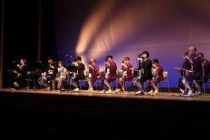胡弓 舞台発表会